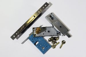 ricambi serrature